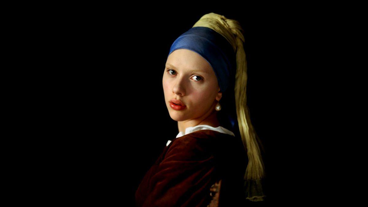 اسکارلت جوهانسون در نمای معروف دختری با گوشواره مروارید