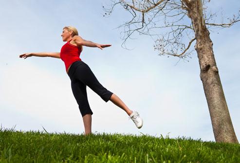 اهمیت ورزش در زنان در پیشگیری از بیماری های حافظه آلزایمر در میانسالی