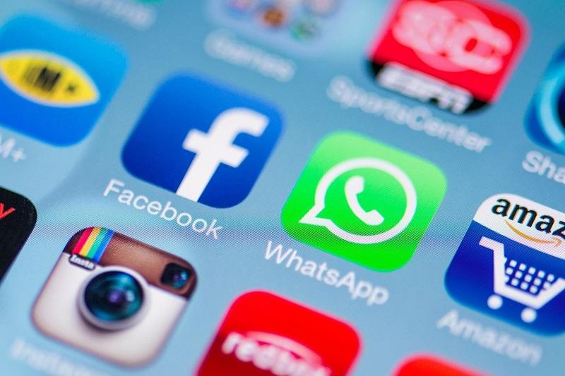 پلیس ها با استفاده از اثر انگشت به جای مانده از یک عکس در WhatsApp موفق به دستگیری توزیع کنندگان مواد مخدر شدند