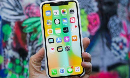 اپل روی صفحه نمایش منحنی و کنترل بدون لمس کار می کند