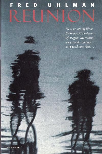 داستان رمان دوست بازیافته دربارهی دو پسر نوجوان ۱۶ ساله است. هانس شوارتش فرزند پزشکی یهودی و کنراد فرزند خانوادهای اشرافی و نامدار آلمانی است. در مدرسه بین آنها رفاقتی ایجاد میشد.