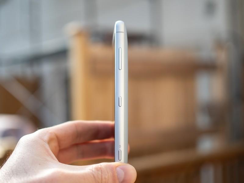 بررسی کامل گوشی سونی XPeria XZ2 Compact