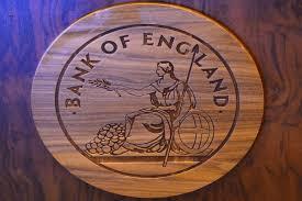 بریتانیای کبیر هم برای جهان و هم برای تشکیلات اقتصادی رو به پیدایشی که اروپای واحد نامیده می شود، مرکز مالی عمده به شمار می آید.