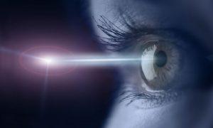 شلیک لیزر با چشم به کمک لنز