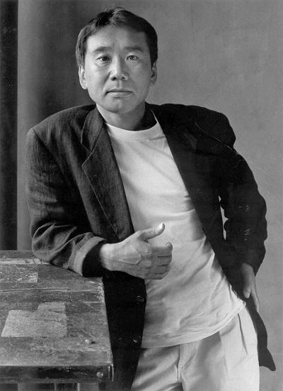 هاروکی موراکامی (به ژاپنی: 村上春樹) زادهٔ ۱۲ ژانویه ۱۹۴۹ است.