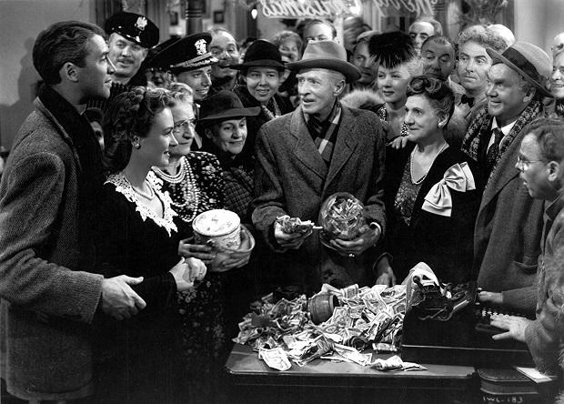 برای فیلم It's a Wonderful Life زحمت بسیار زیادی کشیده بود. دکورهای این فیلم بزرگترین دکورهای تاریخ سینمای آمریکا برای یک فیلم بود.
