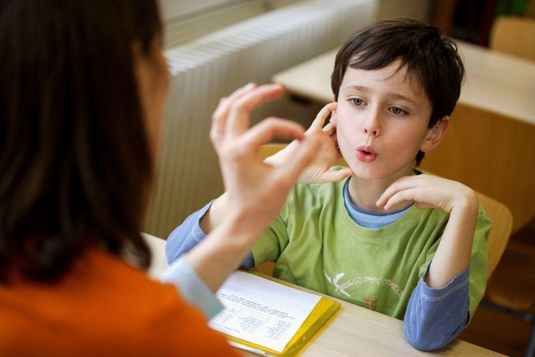 اختلالات گفتاری در کودکان