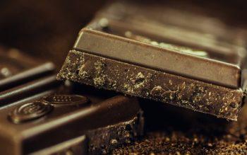تاثیر شکلات تلخ بر چشم و تقویت بینایی