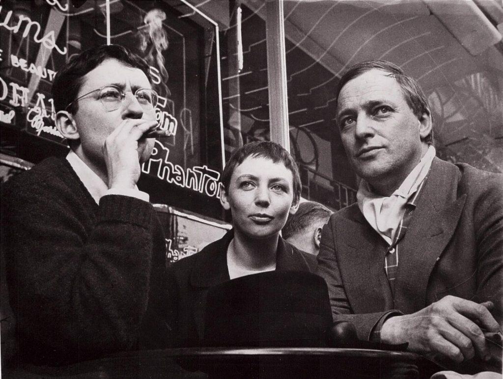 از راست به چپ: ژرار لوبوویچی، میشل برنشتین (همسر اول و یار همیشگی دوبور) و گی دوبور