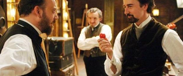 داستان فیلم The Illusionist در حوالی سال ۱۹۰۰ در شهر وین اتریش میگذرد.