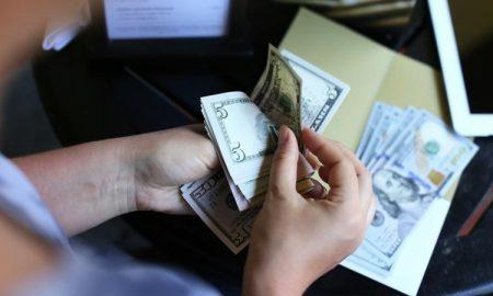 اگر بودجه بندی و مدیریت پول برایتان سخت است، این راهکارها را امتحان کنید