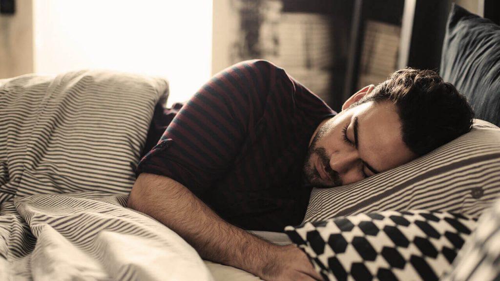 بهترین پوزیشن خوابیدن