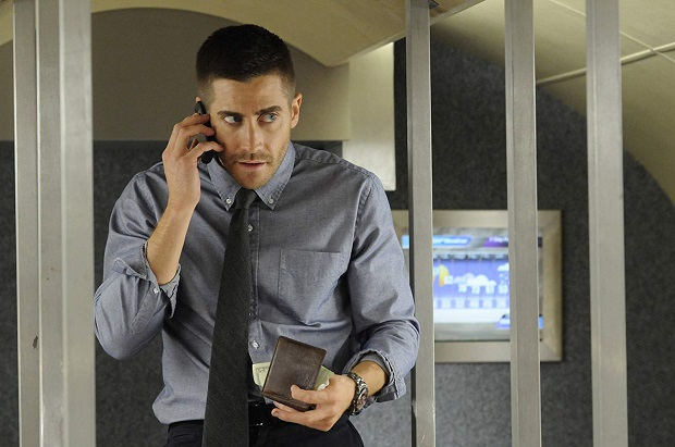 کولتر استیونز Jake Gyllenhaal کاراکتر اصلی ناگهان از خواب میپرد و ذهنش شروع میکند به کنکاش. او میداند که عضو ارتش آمریکاست و در افغانستان خدمت میکند. در واقع استیونز استارت زنندهی فیلم است زمانی که تازه از یک چرت کوتاه بلند میشود و پی میبرد که سرنشین یک قطار مسافربری در شیکاگو است.