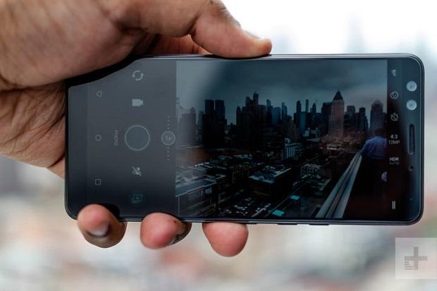 نمای HTC U12 Plus از روبه رو