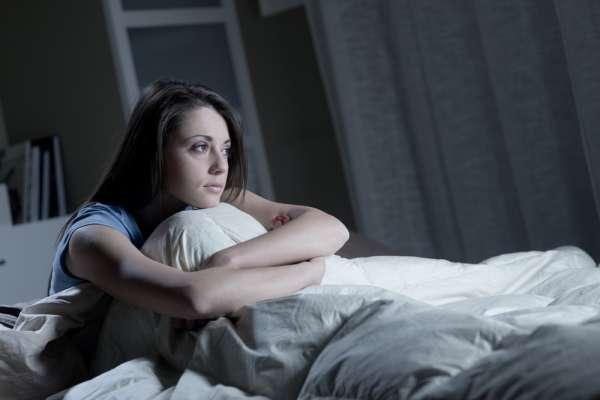 بیدار ماندنهای شبانه میتواند برای سلامتی مضر باشند