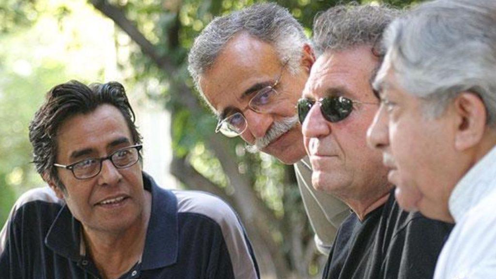خسرو شکیبایی برای اولین بار در سال ۱۳۵۲ در فیلم کوتاه و ۱۶ میلیمتری کتیبه به کارگردانی فریبرز صالح جلوی دوربین رفت.