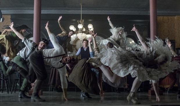 بارنوم واقعی که داستان فیلم The Greatest Showman از روی زندگیاش نوشته شده است، در قرن ۱۹م دارای سیرکی بود که در آن عجیب ترین انسانها را برای نمایش کنار یکدیگر جمع کرده بود.