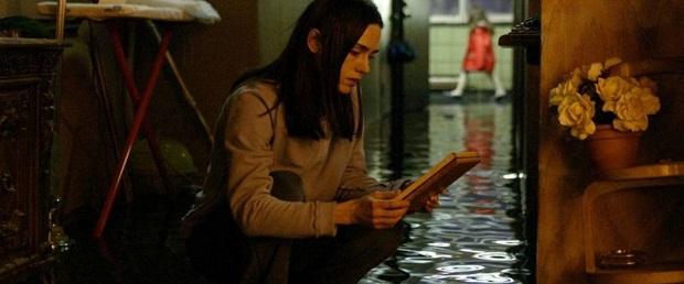 هنرنمایی Jennifer Connelly در فیلم Dark water