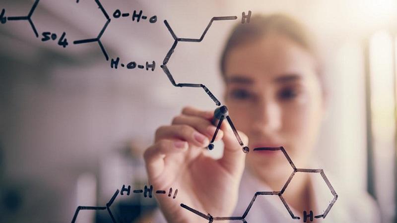 تفاوت بین واقعیت، فرضیه، نظریه و قانون در علم چیست؟