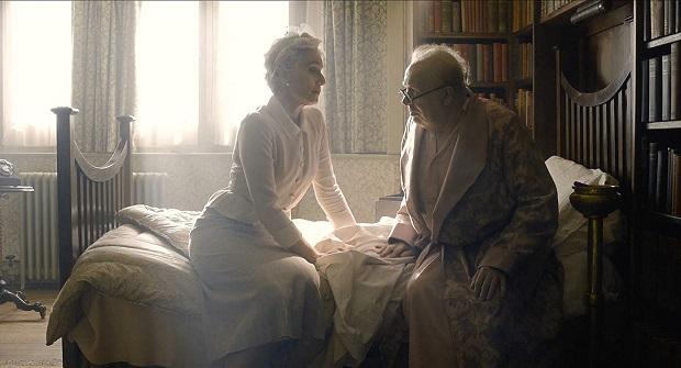 هنرنمایی Gary Oldman و Kristin Scott Thomas در فیلم Darkest Hour
