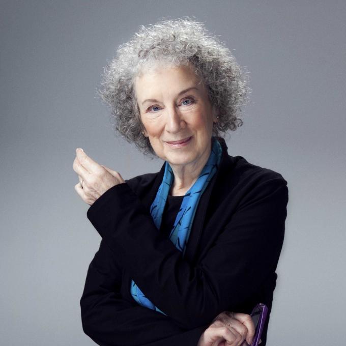 مارگارت اِلنور اتوود (به انگلیسی: Margaret Elenor Atwood) (زاده ۱۸ نوامبر ۱۹۳۹) شاعر، داستاننویس، منتقد ادبی، فعال سیاسی و فمینیست سرشناس کانادایی است. او جوایز ادبیات پرنسس آستوریاس و آرتور سی. کلارک را دریافت کردهاست؛