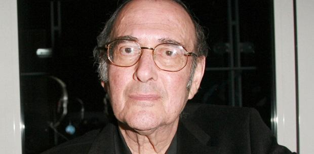 هارولد پینتر سرانجام در سال ۲۰۰۸ بر اثر بیماری چشم از جهان فرو بست.