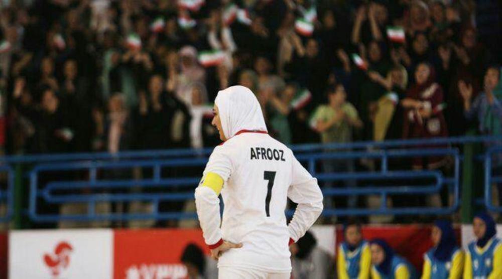 شخصیت افروز اردستانی که با هنرمندی باران کوثری در عرق سرد جان گرفته است