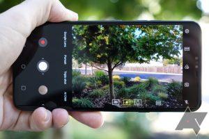 اپ دوربین V40