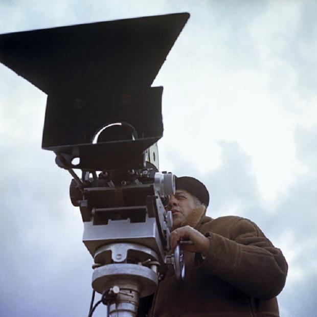 فدریکو فلینی عقیده دارد که در فیلمسازی بدیههسازی مطلقاَ غیرممکن است.