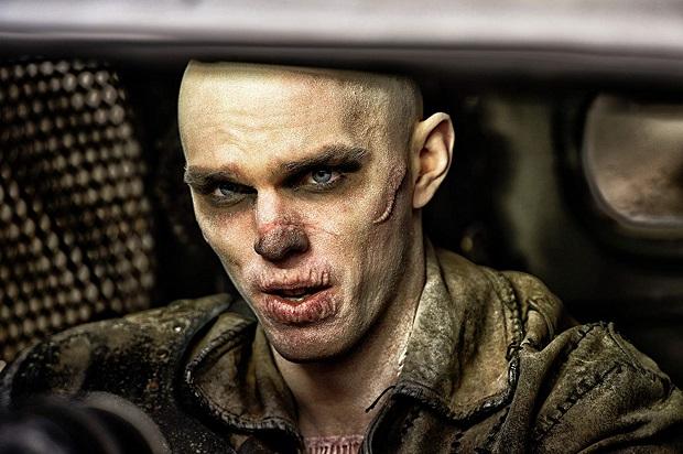 هنرنمایی Nicholas Hoult در فیلم Mad Max: Fury Road