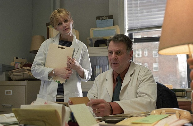 هنرنمایی Kirsten Dunst و Tom Wilkinson در فیلم درخشش ابدی یک ذهن پاک Eternal Sunshine of the Spotless Mind