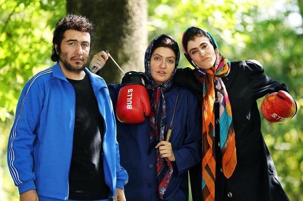 این فیلم کمدی به شدت سخیف بعد از فیلم سینمایی هزار پا فیلمی کمدی به کارگردانی ابوالحسن داوودی، دومین فیلم کمدی پر فروش تاریخ سینمای ایران شده است