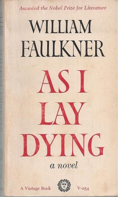 زبان در بسیاری از بخشهای رمان As i Lay Dying جریان سیال ذهن است. و واقعیت و خیال در ذهن شخصیتها با هم درآمیخته میشود.