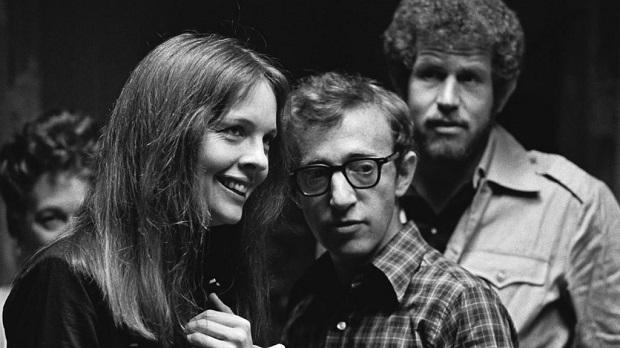 فیلم آنی هال نامزد پنج جایزهی اصلی اسکار در سال ۱۹۷۸ است، موفق میشود جایزهی بهترین فیلم، بهترین کارگردانی، بهترین فیلمنامهی اورجینال و بهترین بازیگری زن را برای دایان کیتون، بازیگر نقش Annie Hall از آن خود کند.