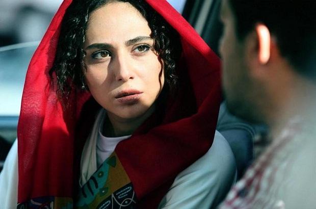 در سینمای ایران هر گاه فیلمی توقیف میشود بعد از رفع توقیف با وجود تغییرات کم و زیاد آن، سیل عظیمی از مخاطبان از هر سنی برای دیدن فیلمی توقیفی روانهی سینماها میشوند.