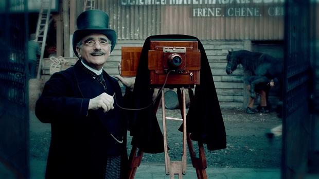 از نکات جالب این فیلم حضور خود کارگردان اثر مارتین اسکورسیزی در فیلم خودش است!