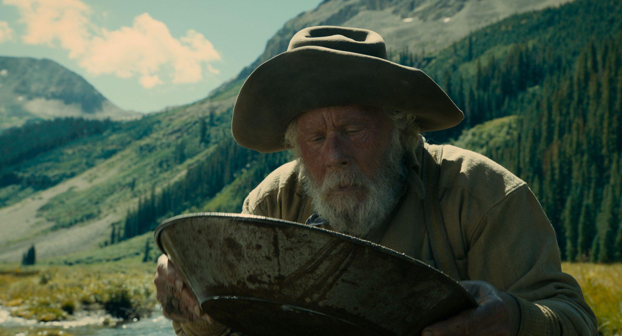نقش آفرینی Tom Waits در فیلم تصنیف باستر اسکروگز اثر برادران کوئن