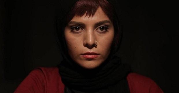 هنرنمایی مروارید کاشیان در فیلم اتاق تاریک