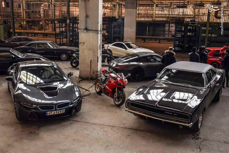 حضور انبوه اتومبیل های خاص و دیدنی در فیلم معکوس
