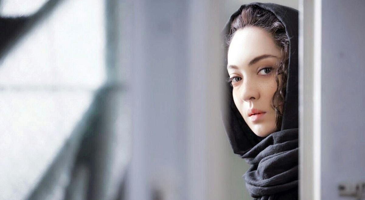 فیلم آذر
