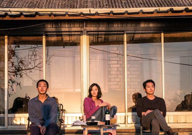 هنرنمایی Ah-in Yoo ، Steven Yeun و Jong-seo Jun در فیلم Burning ساخته لیچانگ-دونگ
