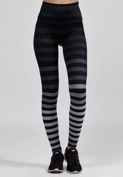 ساق بدون جوراب یا legging
