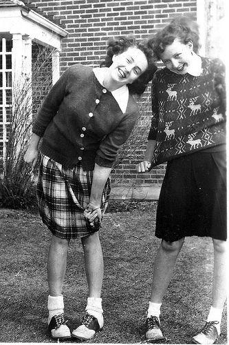 جورابهای بابی در دههی 1940 در آمریکا یکی از آیتمهای مد به شمار میرفت.