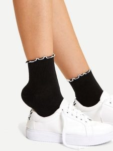 جوراب زنانه ربع یا quarter length socks یا ankle socks