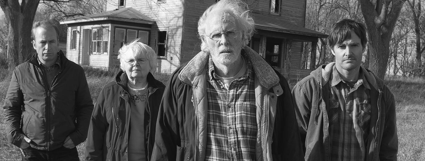 فیلم نبراسکا Nebraska لحظات درخشانی در زمینهی تلفیق کمدی و تراژدی میآفریند که بسیار خلاقانه و غافلگیر کننده است.