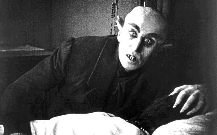 هنرنمای در نقش دارکولا توسط ماکس شرک Max Schreck در فیلم نوسفراتو