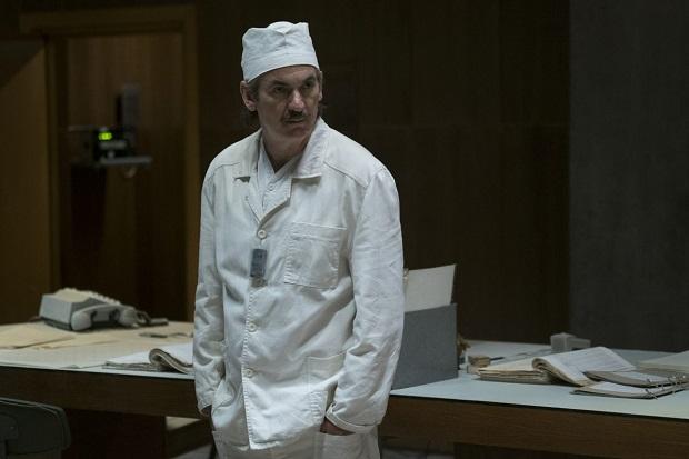 دیاتلف (با بازی Paul Ritter) (معاون ارشد نیروگاه هستهای چرنوبیل)