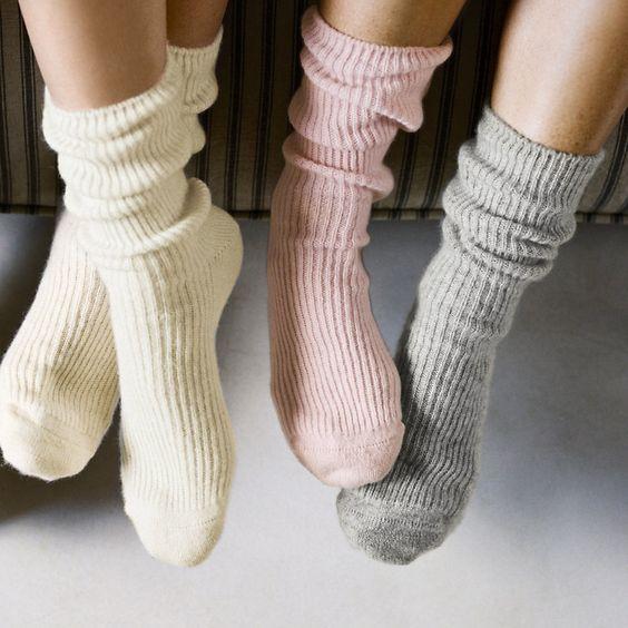 جورابهای گشاد loose socks