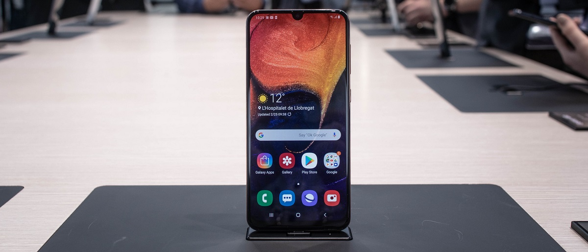 مشخصات A50 | بررسی مشخصات Samsung Galaxy A50