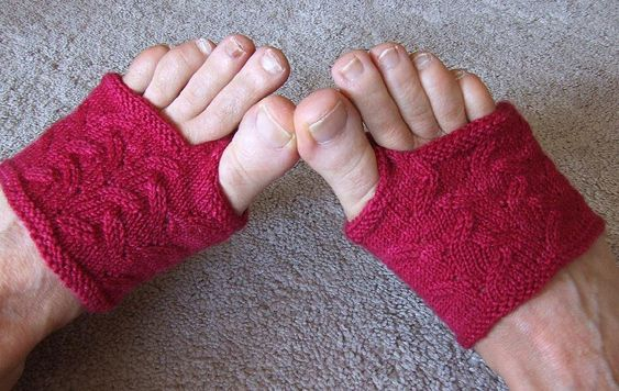 جورابهای مخصوص دمپایی انگشتی flippant thong socks
